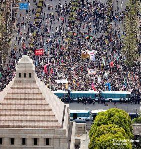 998407 - 日経平均株価 あははは・・・パヨクは人数割り増し発表好きだな・・  昨日の・・国会前デモ・・主催者発表・・3万人