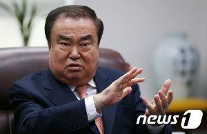 998407 - 日経平均株価 韓国国会議長の「文喜相」さんていうの、自分で先般の息子(音声データで発覚) とはっきり言ってるにもか