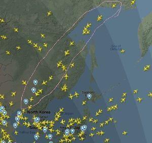 998407 - 日経平均株価 ついでになるけど 中国本土へ向かう飛行機は主にこちらを通っている さらに、香港やソウル行きも、NY方