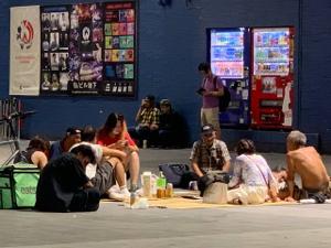 2484 - (株)出前館 ウーバーイーツよりはマシ  ウーバーイーツの配達員の中にはホームレスがいて、10人に3人はつまみ食い