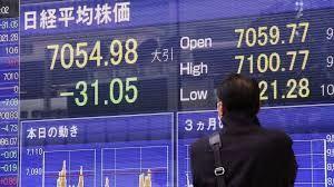 998407 - 日経平均株価   > 明日はから 崩壊の序章  今日は 予行演習   来年  これに向かって   GO