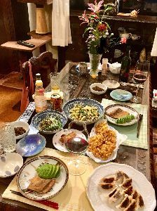 4579 - ラクオリア創薬(株) ハッピーちゃんの今夜も素朴な夕ご飯(*゚∀゚*) 明日の午後が楽しみ(((o(*゚▽゚