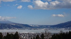 行って来たよ~♪ こんにちはっ!  お昼休みです。  ここは雪道の写真のスレですか~ (笑)  マサさん、そうなんです