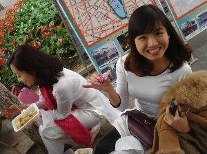 行って来たよ~♪  こんにちは。 つばきさん。(^^♪   ベトナムの街は、駐車場も余り無いし、所得のこともあるからで