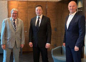 TSLA - テスラ Elon Musk Gets Full Commitment from Germany'