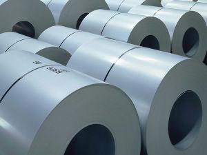 5406 - (株)神戸製鋼所 自動車軽量化に貢献 KOBELCO  神戸製鋼所  ①輸送機軽量化への取り組み  自動車分野では、燃