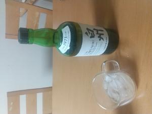 9318 - アジア開発キャピタル(株) 良いお酒が手に入りました😃   なんにもないですよ笑