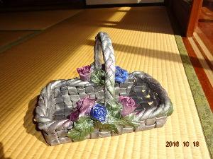 自分探しの旅 今日は~  日本ハム、私も応援してます!  パンフラワー教室で作りました。 本当は花を作りたいのです