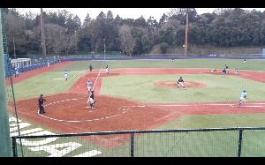 明治学院大学野球部を応援します! [ 画像ーその③ ]  セカンド深谷が確実に捕球して、この回を無失点に抑えた。  折角、観戦したので
