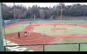 明治学院大学野球部を応援します! [ 近藤遊撃手が2点を好守で与えず ]  3回裏、エラーとヒット、四球で一死満塁のピンチを招いた。1