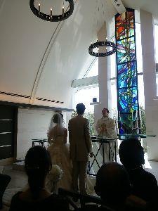 こころの言葉    愛が絶えることなく     続きますように    今、神戸で結婚式に出席してます、   フラン