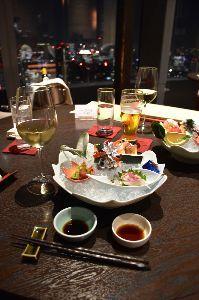 美味しいって、幸せですよね。 美味しいって、幸せですよね。   2017-12-22 昨日は、汐留のなだ万に行きました。  東京タ
