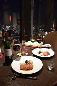美味しいって、幸せですよね。 美味しいって、幸せですよね。   2017-12-22 汐留のなだ万に行きました。  遠くの東京タワ