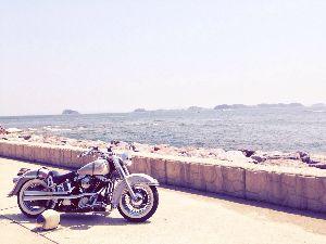 愛知県西三河より、たまにのんびりご一緒出来る方はいらっしゃいませんか? 安城で美容師やってます 毎週月曜火曜が定休日なんで、その辺をソロツーリングしてます 私のバイクのハン