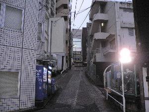 8040 - (株)東京ソワール  私的な会話ばかりして、東京ソワール掲示板の皆様ゴメン。  先日(6日)、東京ソワールの第2四半期決