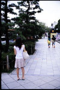 リバーサルで街歩き2 【Tora! Tora! Tora!】 師走に入り、仕事も大忙しです。 いろいろあると写真のことを考