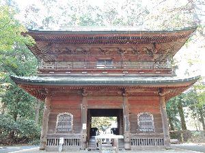 昔、昔、旅行をしました。そんな思い出ですよ。 これは、比叡山延暦寺かな。  比叡山延暦寺の最盛期には三千にも及ぶ寺院が甍を並べていたと伝えています