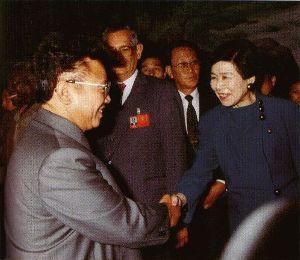 社民党を壊滅させて明るい日本 都民はすでに社民党を12年前に都議会から追放しております!