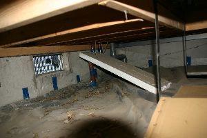 1924 - パナホーム(株) パナホ-ムで夢の住宅を建築したにも拘わらず、手抜き工事の被害に遭ってしまった方によると、 「床下断熱