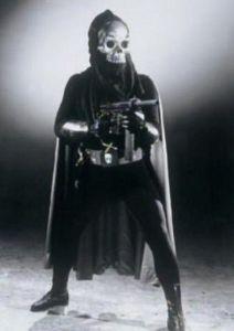 ■特撮界 悪のヒーロー■  おそらく、最古の怪人の一人。   「月光仮面」のどくろ仮面。