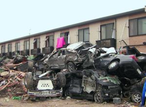 8848 - (株)レオパレス21 誰かが地震による倒壊を心配してたな。合法、違法の判断基準には全く関係ないが、まあ参考までに。もうこの