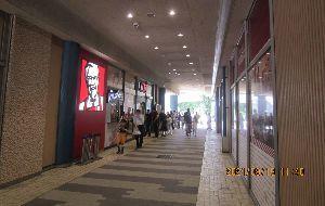 9873 - 日本KFCホールディングス(株) 日曜日、東京ドームシティのケンタに行ってきました(ラクーア店)。 ニンニクしょう油を食べましたが、な