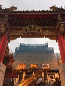 4334 - (株)ユークス パセラtweet ユークスRT♪ 雨の関帝廟で祈願。 横浜勝利!REWIND2の成功! 平和と健康。