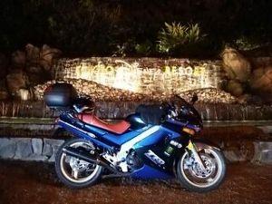 千葉県発!バイク遊びしませんか? 12月31日(日)   今年も残すとこ6時間を切りましたね。  先日、当社の社長を懇談する機会があり